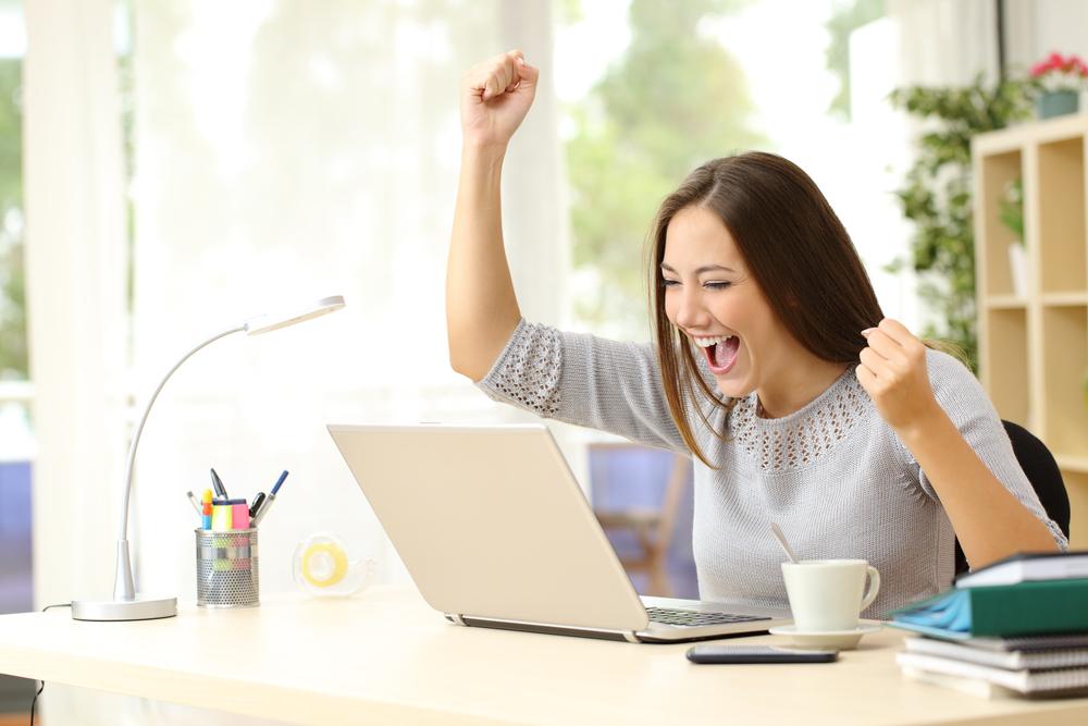 Der Erfolg mit einer App hat nicht nur mit Glück oder Zufall zu tun - Bild: Antonio Guillem / Shutterstock.com